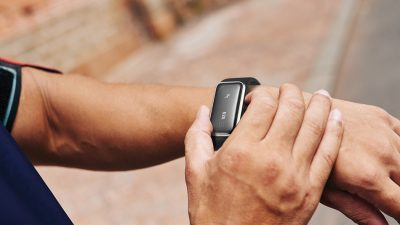 Wearables | TCL Moveband